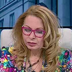 Беновска отново ще пита в неделя в 5 следобед: Кой и на какво основание иска и може ЛИ да управлява България?