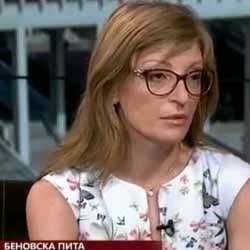 """Екатерина Захариева: Ако бях в екипа на президента Радев, щях да го посъветвам да действа различно. Не е редно да взима сам решението за """"Грипен""""-ите"""