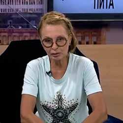 Беновска: Г-жо Нинова, пожелавам Ви да сте здрава, щастлива, успешна, обичана, да обичате, да намерите смисъл в живота си, да творите добро, да помагате на другите