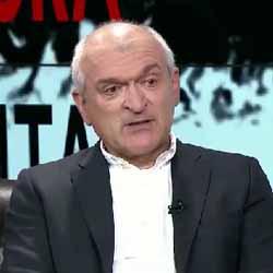 Димитър Главчев: Непослушанието на Нинова заради самото непослушание не е много умно поведение