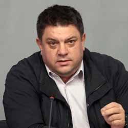 """Беновска пита Атанас Зафиров: Ако Бойко Борисов е """"провалил се"""" според Корнелия Нинова, тя в какво е победител?"""