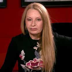 """Беновска: Г-н президент, ще поздравите ли Йотова и Борисов, че се """"единиха"""" на дело, докато Вие само приказвате?"""