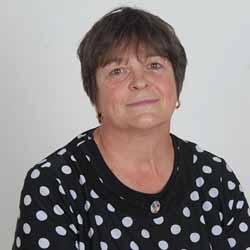 Валентина Найденова: С вота на недоверие БСП алармира гражданите за негативните последствия от предлаганата от министър Ананиев реформа