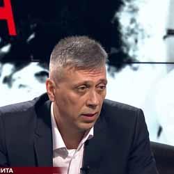 Александър Вачев: Театър е дистанцирането на Добрев от Нинова и ръководството на БСП