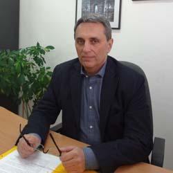 Пламен Моллов: УХТ осигури таблет за всички първокурсници, до 3-4 години всички ще бъдат оборудвани
